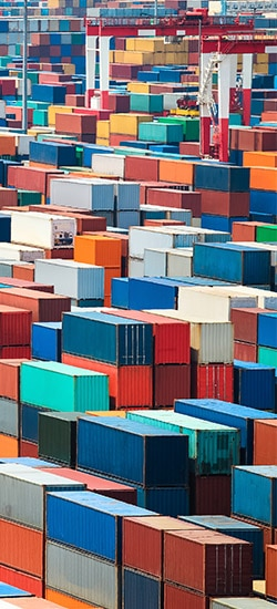 Containers at yard for drayage shipping